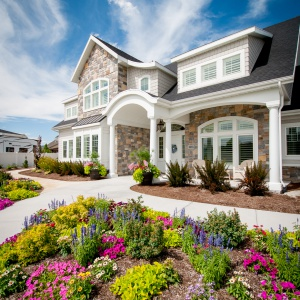 07082016-J2-Homes-Highland-Exterior