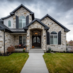 610E-Center-St-Alpine-Custom-Home-Build