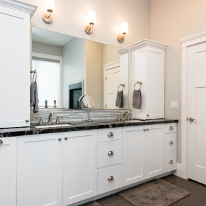 610E-Center-St-Alpine-Custom-Home-Build-Interior-Bathroom