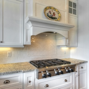 07082016-J2-Homes-Highland-Kitchen