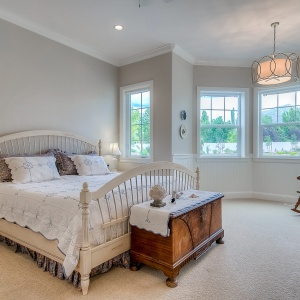 07082016-J2-Homes-Highland-Master-Bedroom